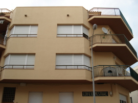 Pintar façana a Girona